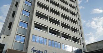 Al Andalus Plaza Hotel - Manama - Building