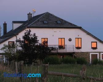 Ard'envie vakantiewoning - holiday home - Houffalize - Gebouw
