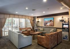 Blackcomb Springs Suites - Whistler - Lounge