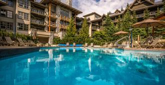 Blackcomb Springs Suites By Clique - Whistler - Uima-allas