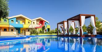Alexandra Golden Boutique Hotel - Thasos Town - Piscina