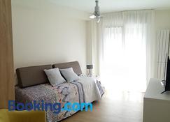 Apartamentos Ubaga - Ezcaray - Wohnzimmer