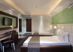 Garni Hotel Crystal - Kraljevo - Bedroom