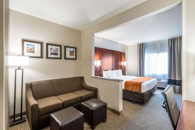 Comfort Suites - Yakima - Makuuhuone