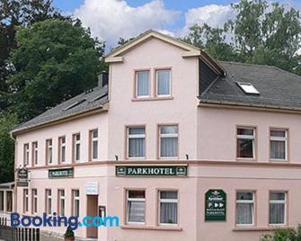 Pension Parkhotel Blankenhain - Magdala - Building