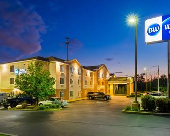 Best Western Penn-Ohio Inn & Suites - Hubbard - Budova