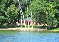 Mirembe Resort Beach Hotel - Kalangala - Außenansicht