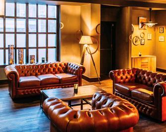 Novotel Leeds Centre - Leeds - Living room