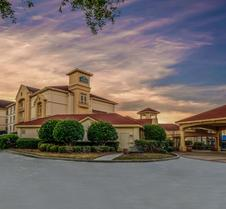 La Quinta Inn & Suites by Wyndham Myrtle Beach Broadway Area