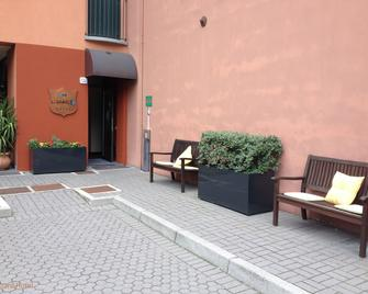 Hotel Lizard - Como - Patio