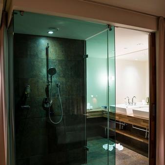 Falkensteiner Hotel & Spa Carinzia - Hermagor - Μπάνιο