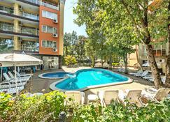 Sunrise Hotel - Primorsko - Pool