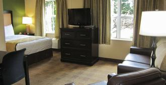 Extended Stay America - Greensboro - Airport - Greensboro - Bedroom
