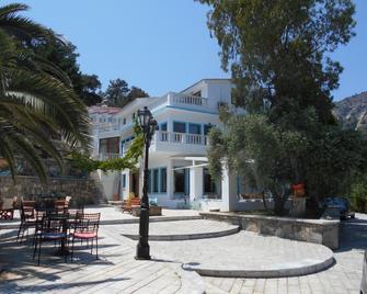 Kinira Beach Hotel - Kinira - Gebäude