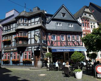 Hotel Blaue Ecke - Adenau - Edificio