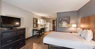Extended Stay America Suites - Charlotte - University Place - שרלוט - חדר שינה