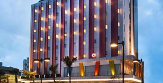 Amaris Hotel Pluit - Jakarta - ג'קרטה - בניין