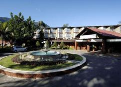 Berjaya Beau Vallon Bay Resort & Casino - Beau Vallon - Edifício