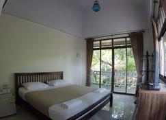 The Old Palace Resort - Ayutthaya - Bedroom