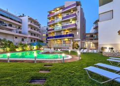 Leonidas Hotel & Apartments - Rethymno - Uima-allas