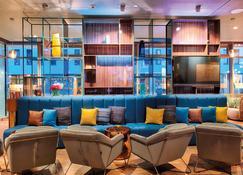 Nyx Hotel Munich By Leonardo Hotels - Munich - Lounge