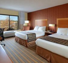 Fairfield Inn and Suites by Marriott Charlottesville North