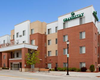 GrandStay Residential Suites Hotel – Sheboygan - Sheboygan - Gebouw