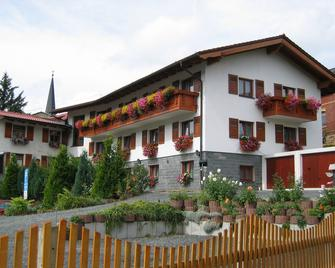 Landhotel Gasthof Zwota - Klingenthal - Будівля