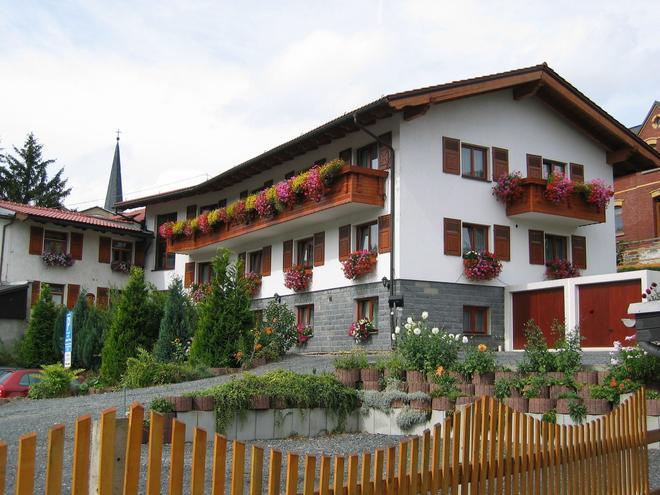 Landhotel Gasthof Zwota - Klingenthal - Edificio