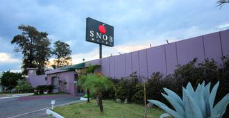 Snob Motel - Belo Horizonte - Outdoor view