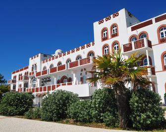 Vacanceole - Residence De L'ocean - La Tranche-sur-Mer - Building