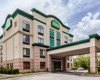 Wingate by Wyndham Atlanta/Six Flags Austell - Austell - Building