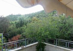 Guesthouse Rondo - Himarë - Balcony
