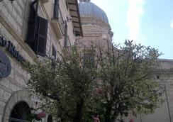 Porziuncola - Assisi - Cảnh ngoài trời