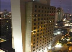 アイステイ ホテル モントレー ヒストリコ - モンテレイ - 建物