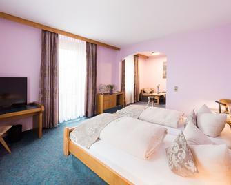 Hotel Bräutigams Weinstuben - Ihringen - Bedroom