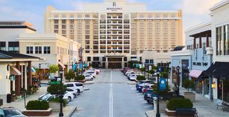 Renaissance Raleigh North Hills Hotel - Raleigh - Vista del exterior