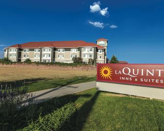 La Quinta Inn & Suites by Wyndham Loveland - Loveland - Building