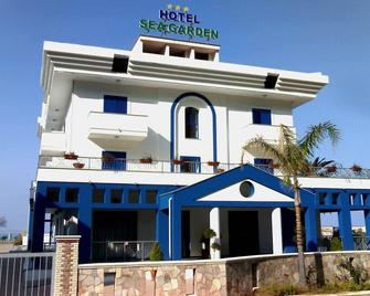 Hotel Sea Garden - Acquappesa - Edificio