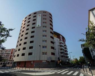 Appart-Hôtel Mer & Golf City Perpignan Centre - Perpignan - Building