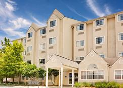 Microtel Inn & Suites by Wyndham Daphne/Mobile - Daphne - Building