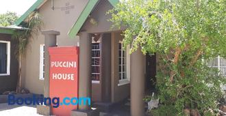 Puccini House - Windhoek