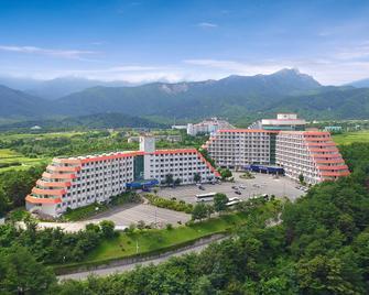 Hyundai Soo Resort Sokcho - Sokcho - Building