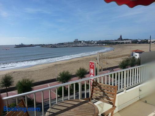 Family Golf Hotel - Royan - Balcony