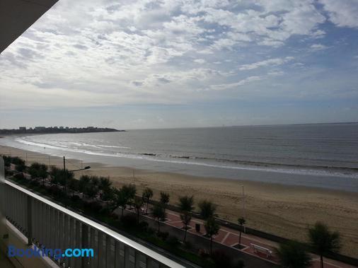 Family Golf Hotel - Royan - Beach