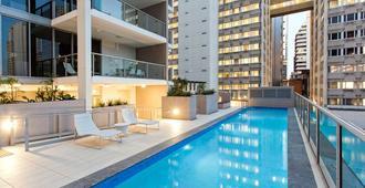 Mantra Midtown - Brisbane - Piscina