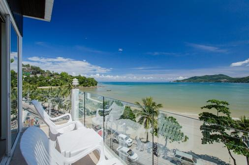 The Front Hotel and Apartment - Bãi biển Patong - Ban công