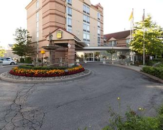 Monte Carlo Inn Airport Suites - Mississauga - Building