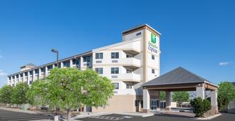 Holiday Inn Express Colorado Springs Airport, An Ihg Hotel - קולרדו ספרינגס
