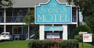 The Springs Motel - Saratoga Springs - Edificio